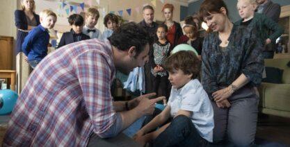Tv-serie 'Het A-woord': vroeg herkennen van autisme bij kind belangrijk voor prognose en behandeling